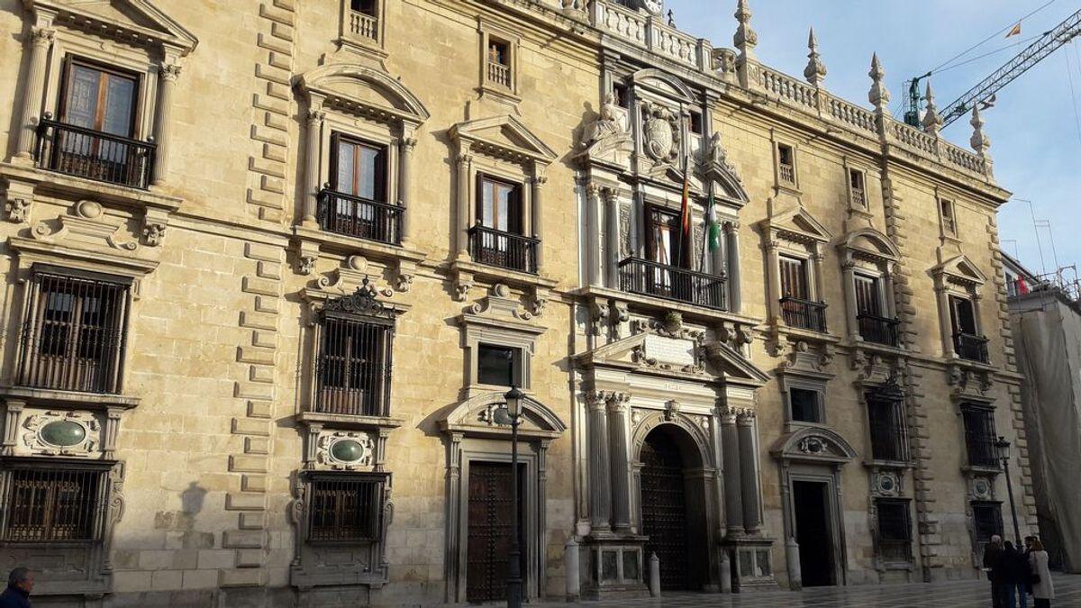 El TSJA tumba la orden de Melilla de exigir el certificado Covid a viajeros y para entrar en espectáculos