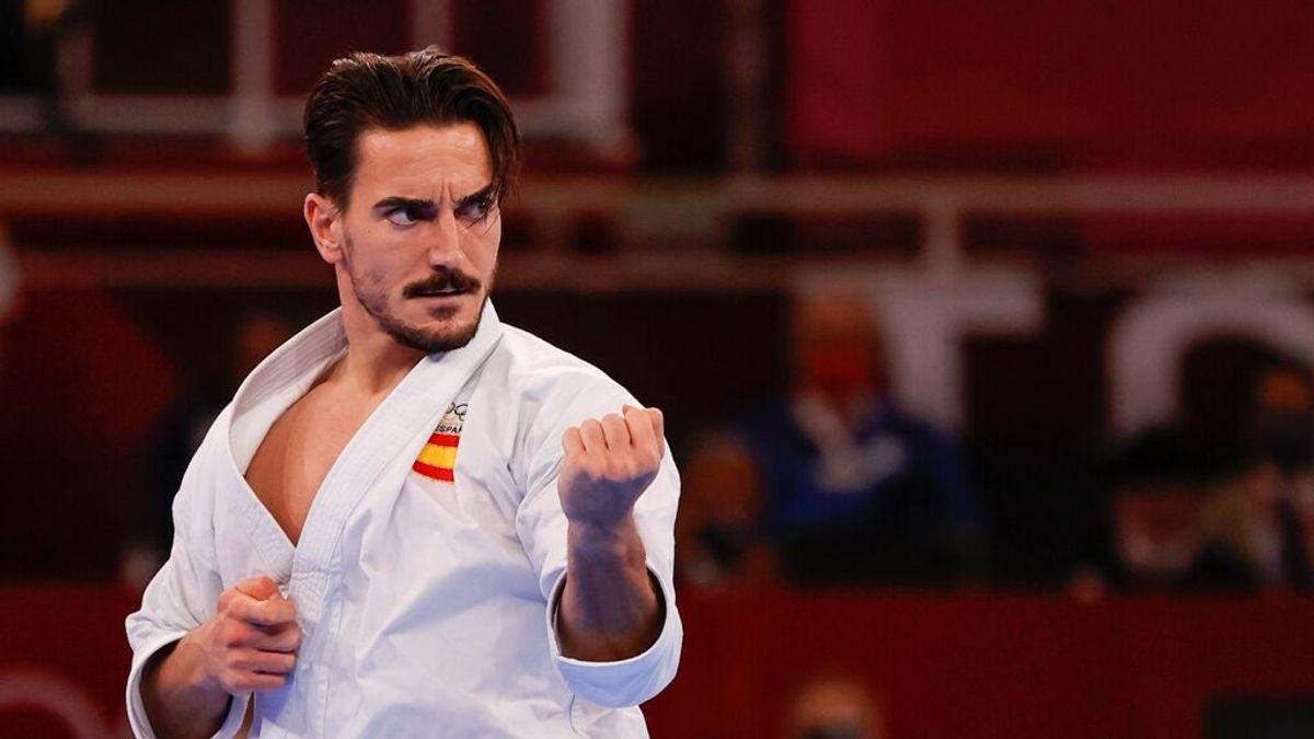 """Locura en Japón con el físico del karateka malagueño Damián Quintero: """"¡Qué guapo!"""""""