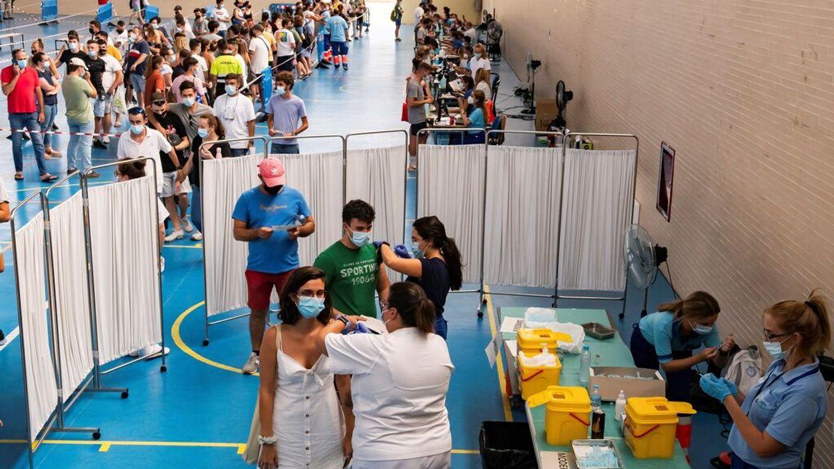 España, muy cerca de la meta del 70 % de inmunizados, que se revisará al alza