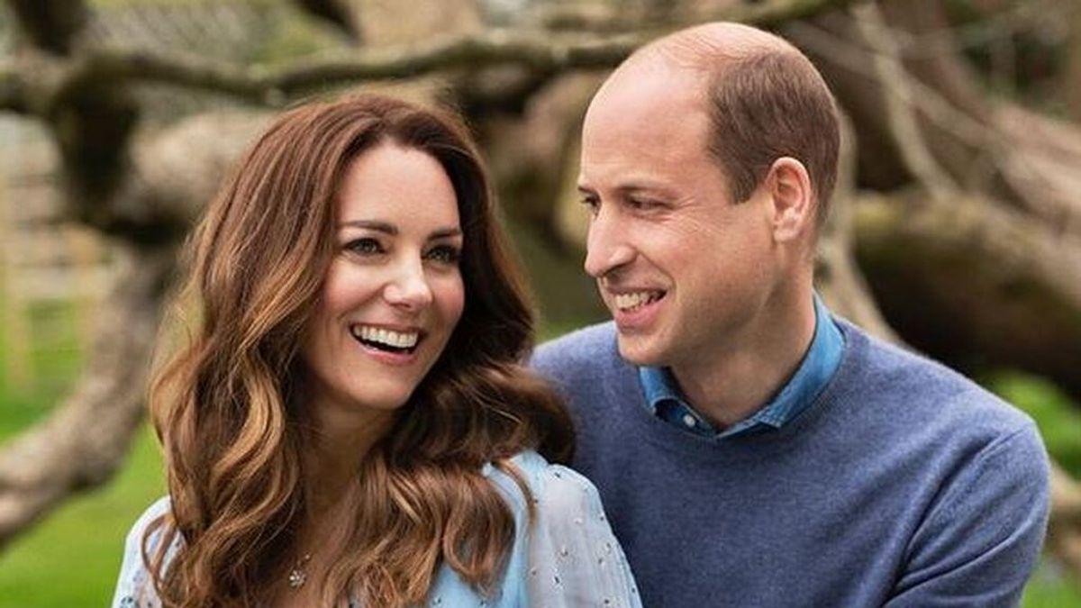 Los duques de Cambridge sorprenden a sus seguidores con una adorable imagen de su hija Charlotte