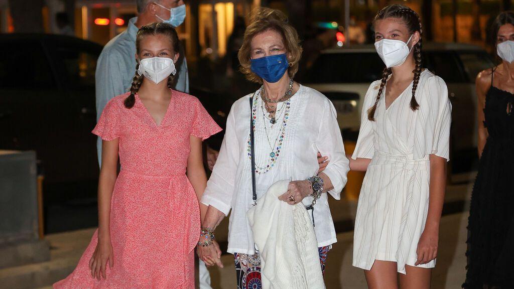 La reina Sofía derrocha complicidad con la princesa Leonor y la infanta Sofía
