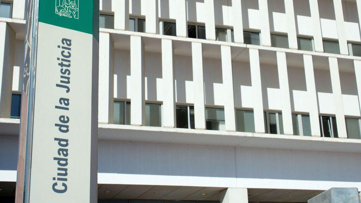 Prisión para el hijo del anciano hallado muerto en su vivienda con heridas de arma blanca en Málaga