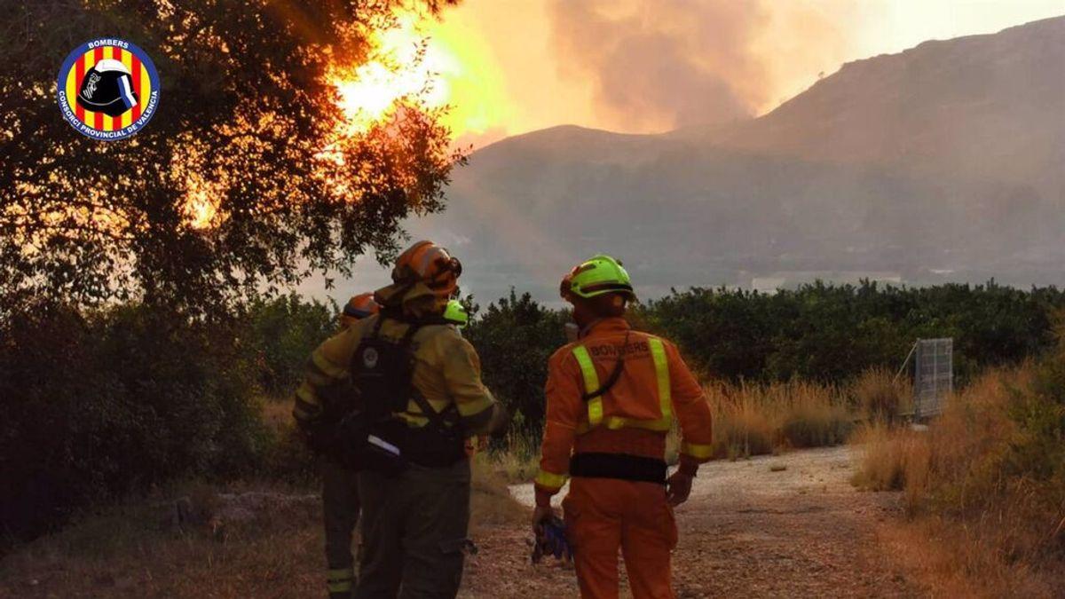 Incendio.- Estabilizados los incendios de Rafelguaraf y Chiva y controlado el de Palma de Gandia
