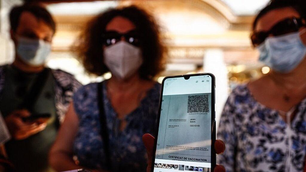Entra en vigor en Francia  el certificado covid para entrar en bares, restaurantes y viajes en tren y avión