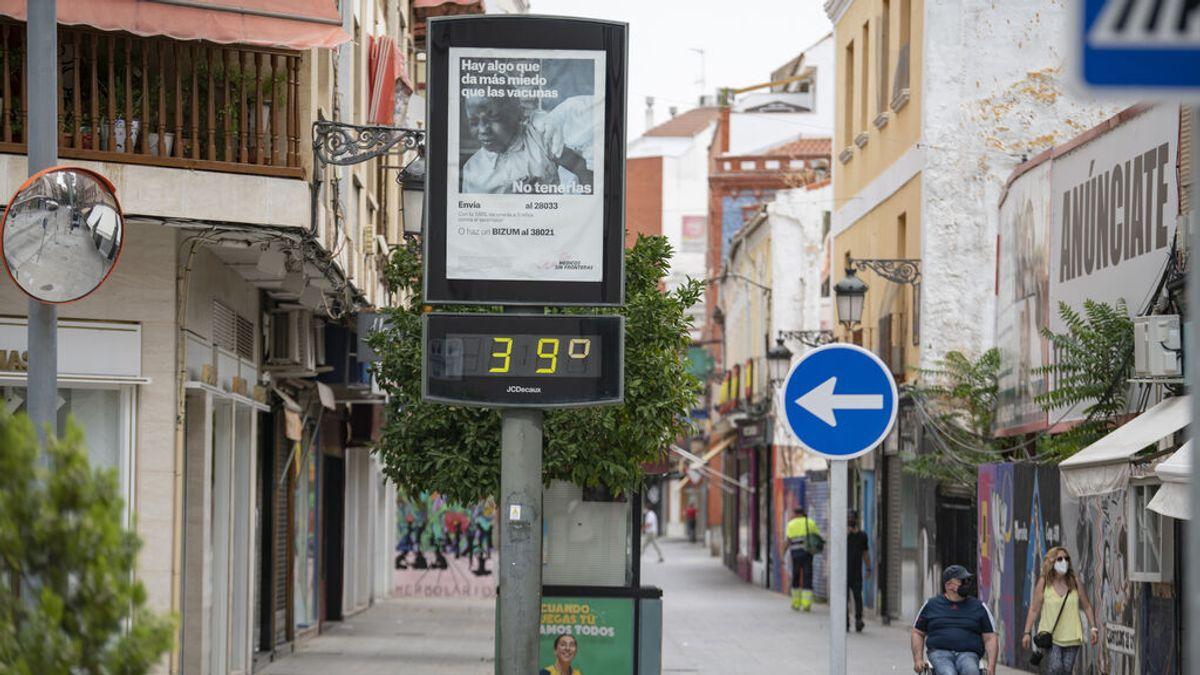 La ola de calor persiste poniendo a 14 comunidades en alerta: Aragón y Cataluña, en riesgo extremo