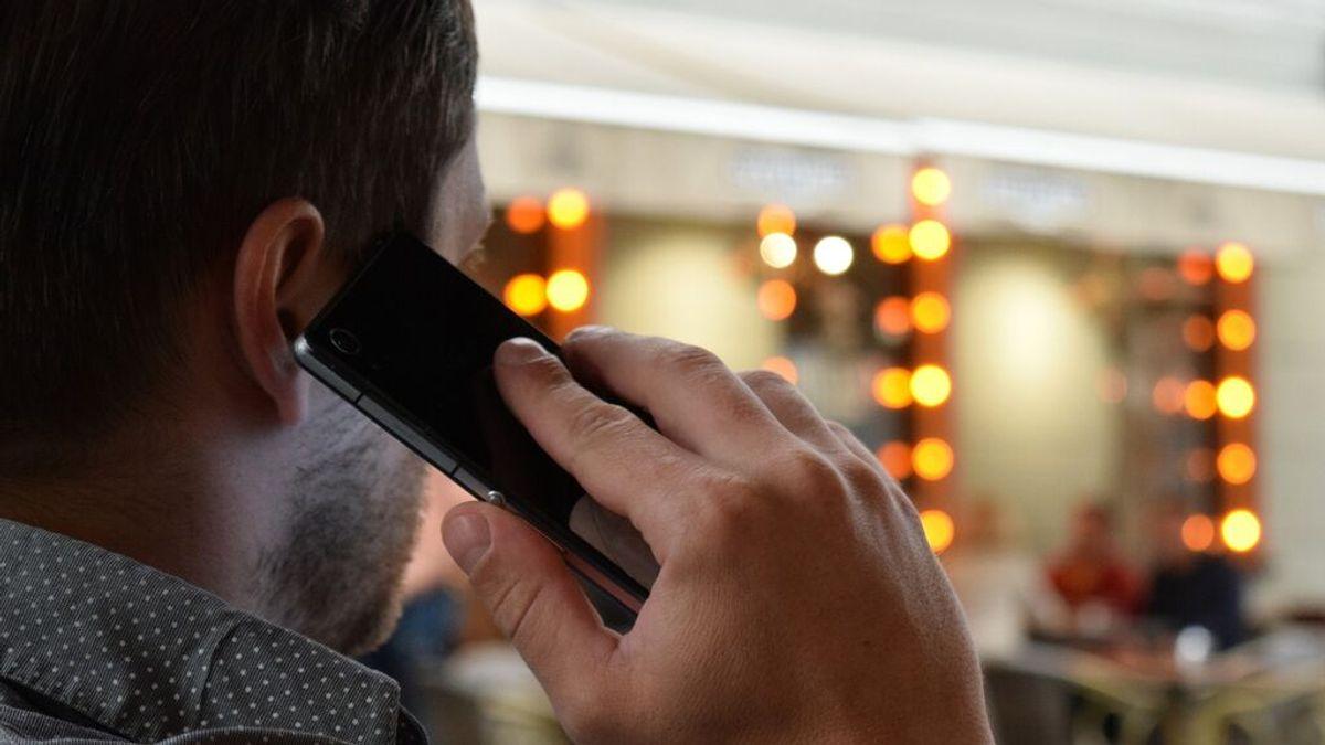 Nueva estafa a través de SMS y llamadas para robar tus datos bancarios: claves para evitarla