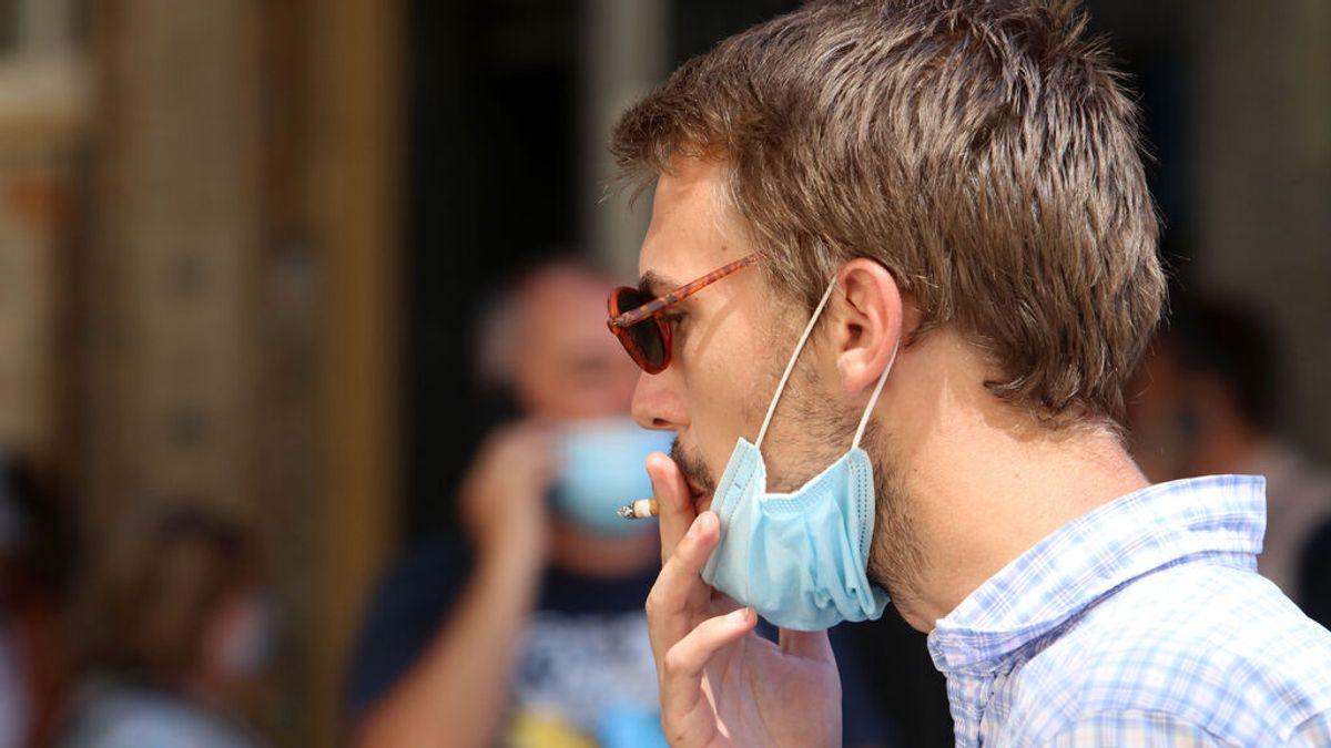 Fumar podría disminuir el número de anticuerpos tras la vacunación de la Covid-19, según un estudio