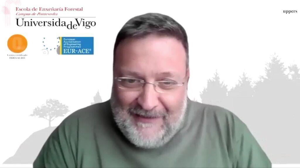 Entrevista con Juan Picos en el vídeo de la parte superior