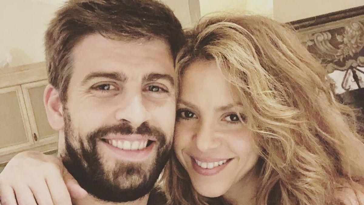"""Gerard Piqué posa con sus dos hijos y sus seguidores sacan parecidos: """"Milan es igual que tú y Sasha es como Shakira"""""""