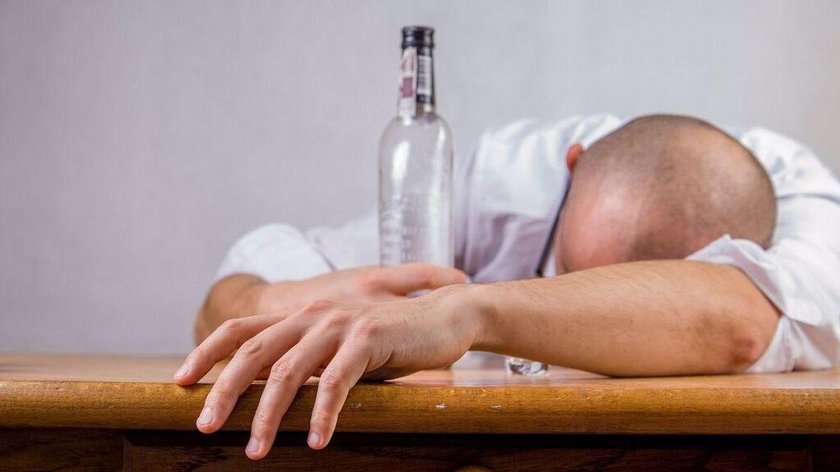 Peligros de la drunkorexia, una práctica que se extiende entre los jóvenes