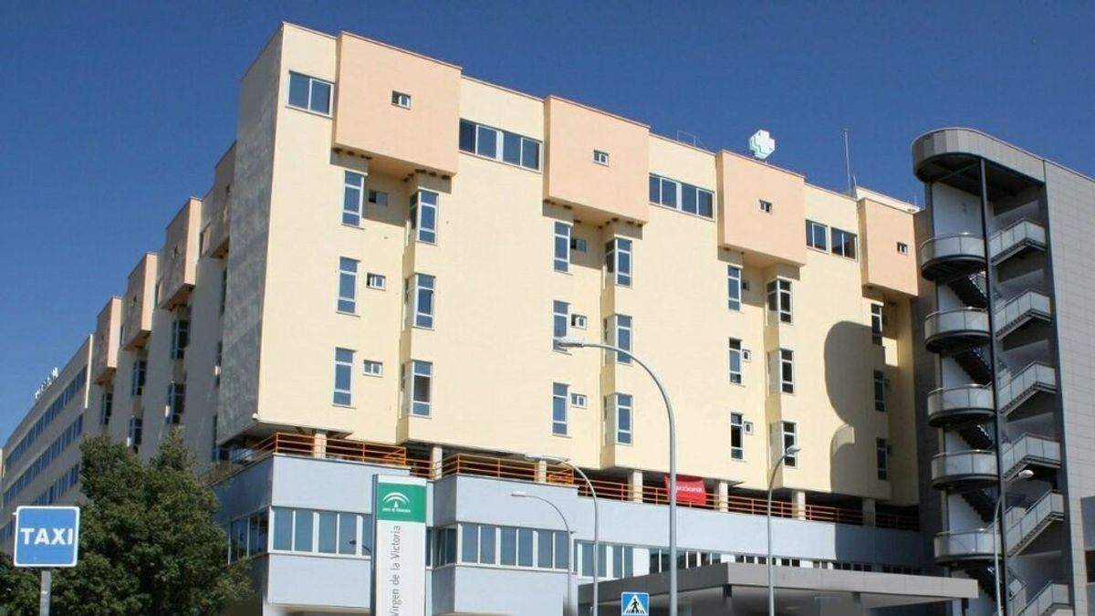 Heridos ocho jóvenes tras una colisión entre dos turismos en Alhaurín de la Torre, Málaga