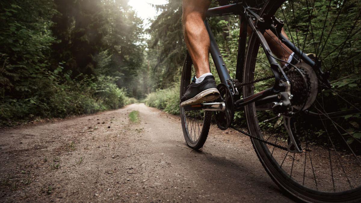 Encuentran muerto a un ciclista en una pista forestal en A Coruña