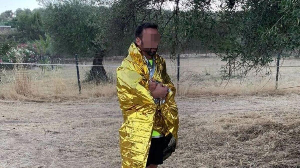 Policía fuera de servicio salva a un hombre que cayó a un pozo y que mantuvo a flote hasta su rescate en Huelva