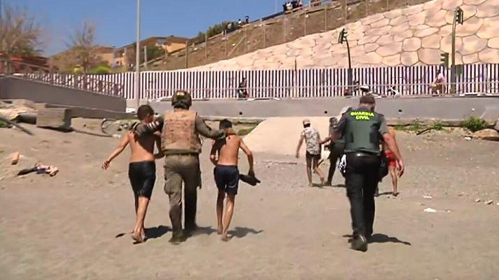 La Fiscalía abre una investigación por la repatriación de menores desde Ceuta