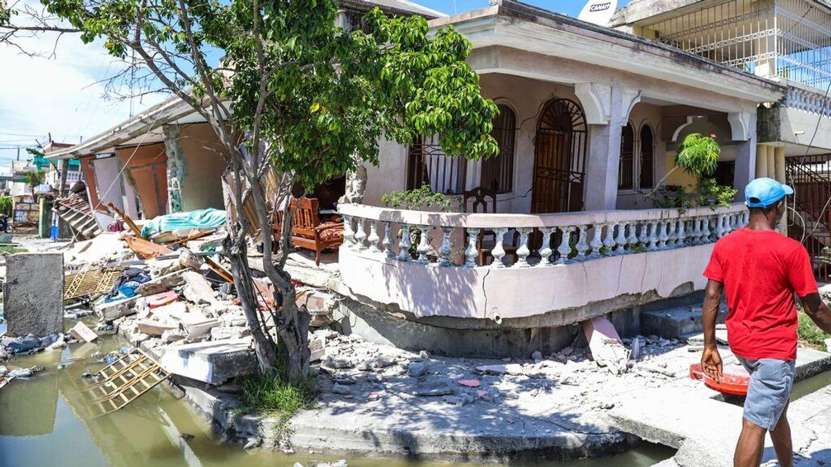 Aumenta la cifra de fallecidos por el potente terremoto en Haití a 227