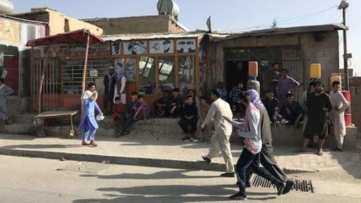 EEUU alerta de disparos en el aeropuerto de Kabul mientras se llevan a cabo las evacuaciones