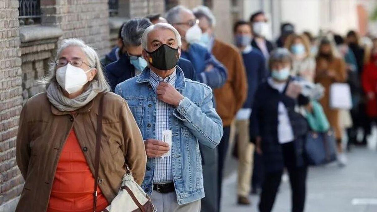 Un estudio revela que la vacuna no será suficiente: ¿Qué hará falta para superar la pandemia?