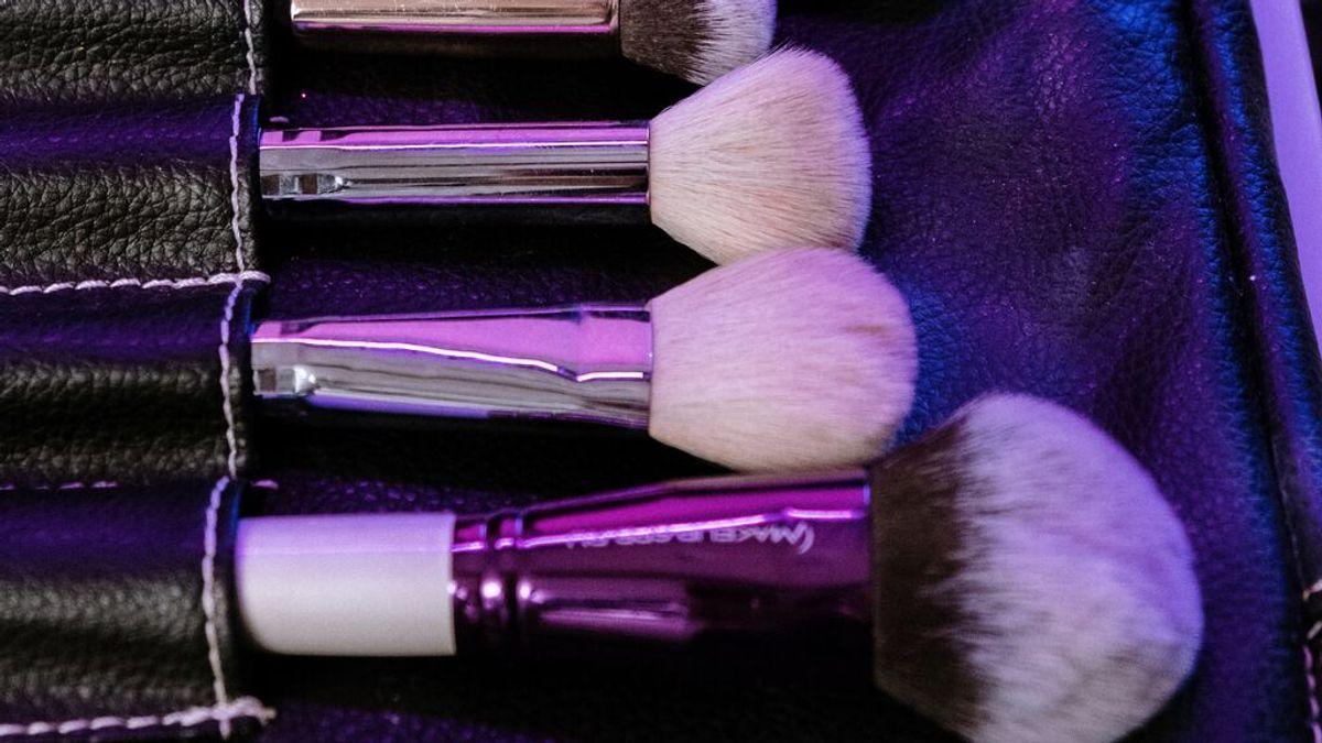 Cada cuánto tiempo se lavan las brochas de maquillaje