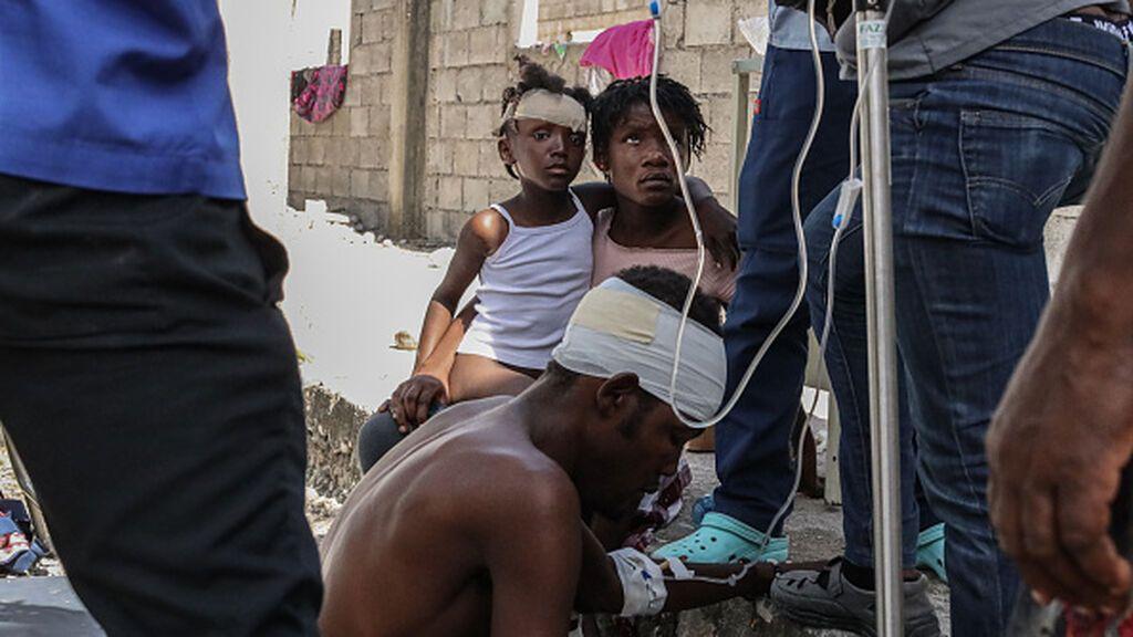 La tragedia en Haití tras el terremoto con 1.500 muertos y 7.000 heridos sin condiciones para atenderlos