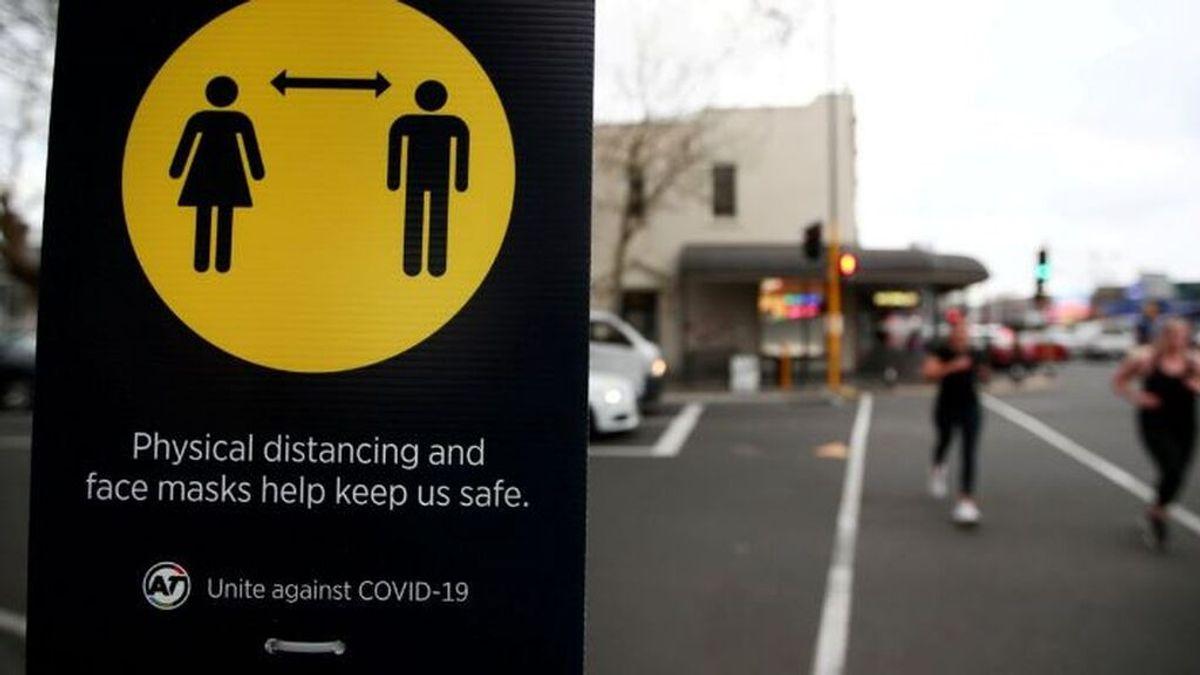 Nueva Zelanda impone un nuevo confinamiento por su primer contagio local de coronavirus en seis meses