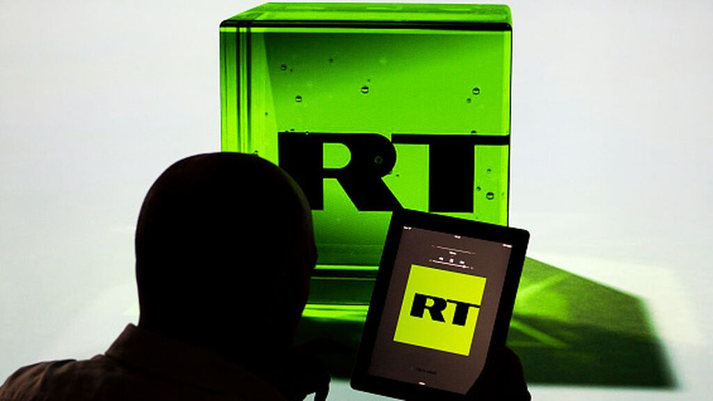 A la propaganda rusa de RT le cuesta hablar más alemán
