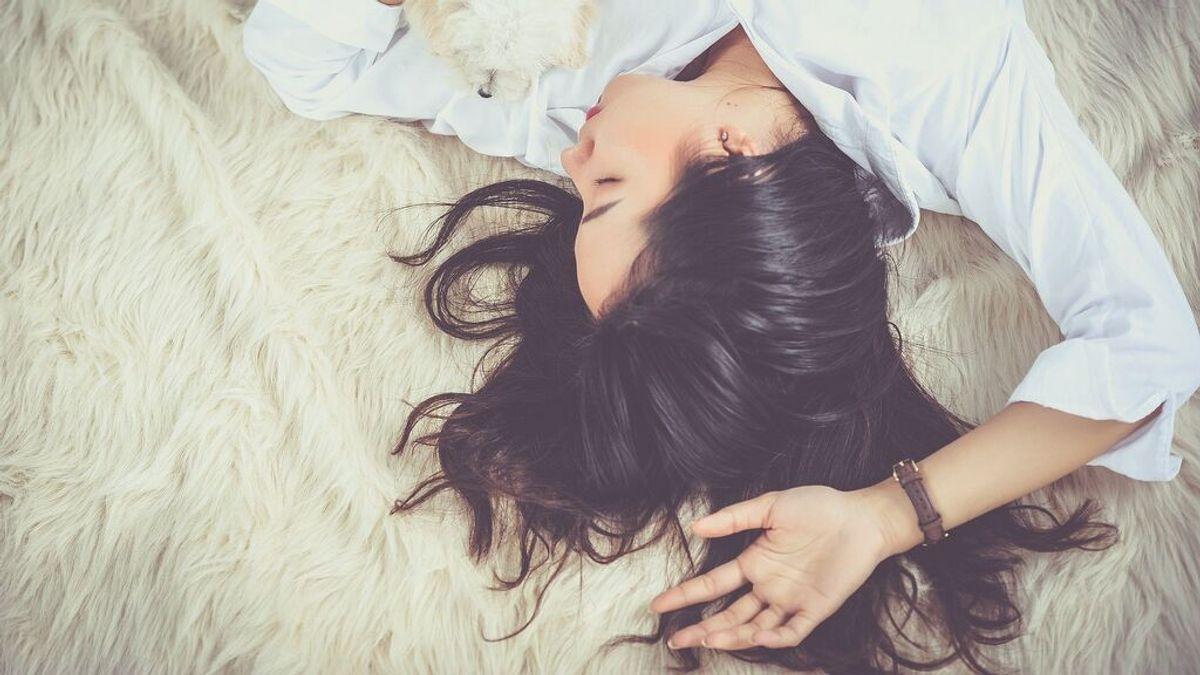 Dormir bien, clave para nuestra salud mental: toma nota de cómo descansar mejor