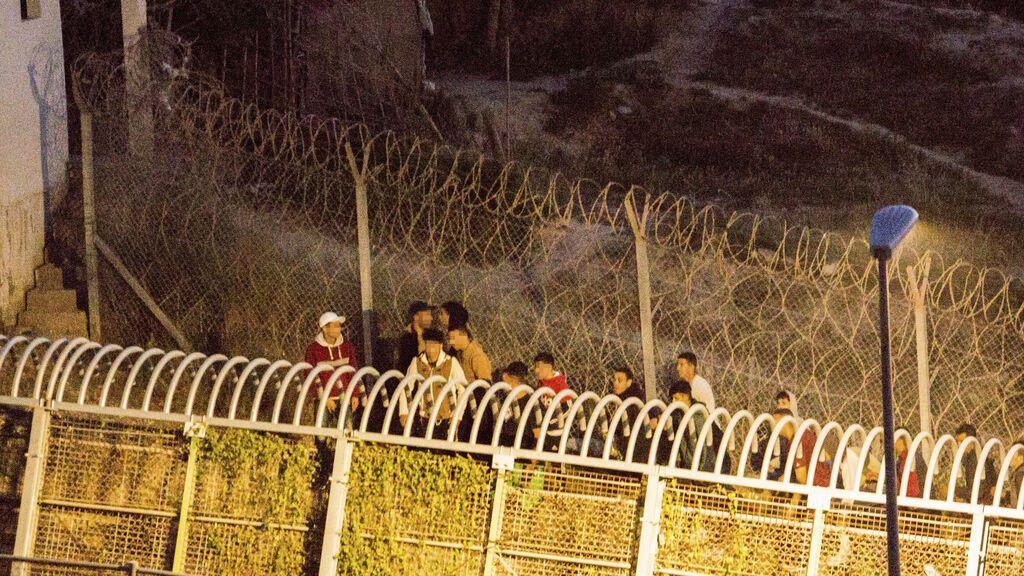 La delegada del Gobierno en Melilla anuncia el refuerzo de la valla para evitar la entrada de inmigrantes