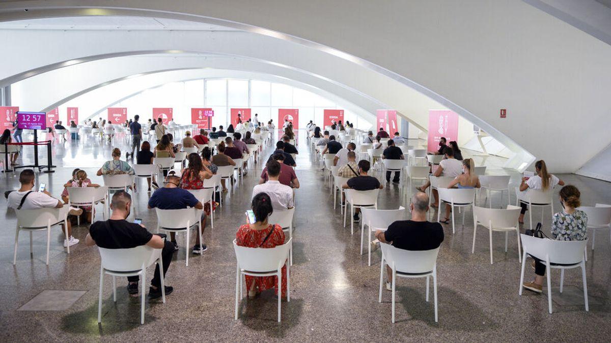 España supera los 30 millones de vacunados con pauta completa