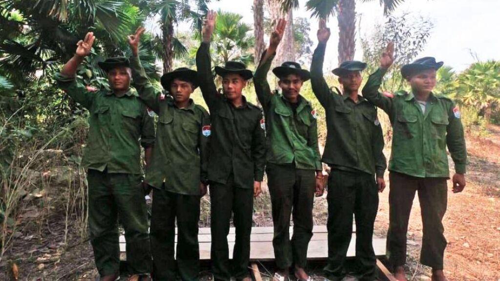 Así es desertar en la dictadura de Birmania