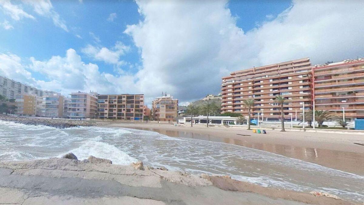 Cerrada la playa del Faro de Cullera tras detectarse un alto nivel de enterococos