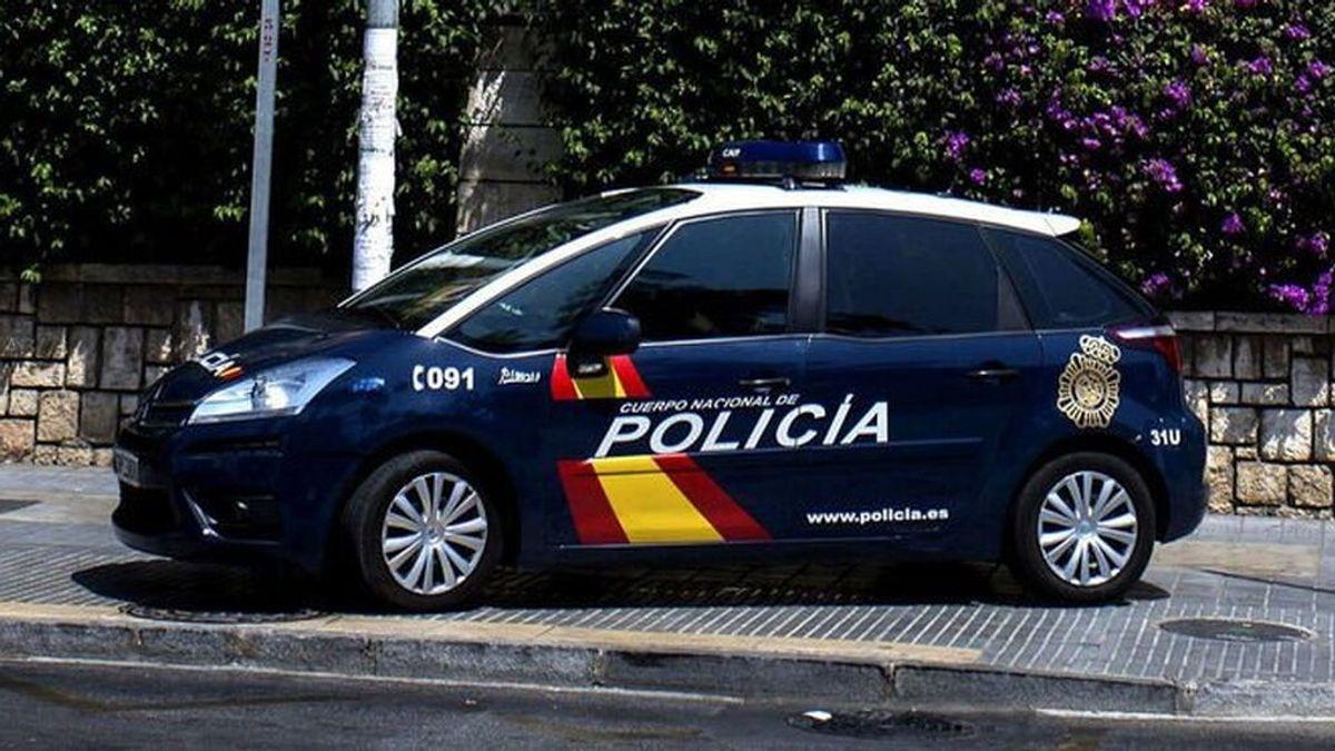 Vehículo de la Policía Nacional de Sevilla