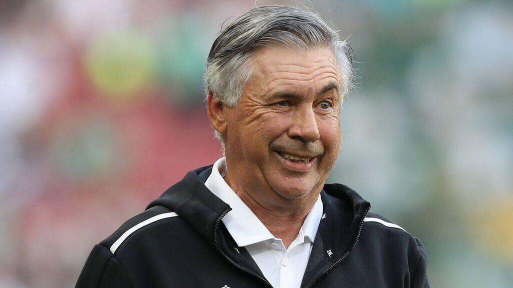 """Ancelotti se centra en la plantilla que tiene y no mira a los posibles fichajes: """"No me importa lo que pase en el cierre de mercado"""""""