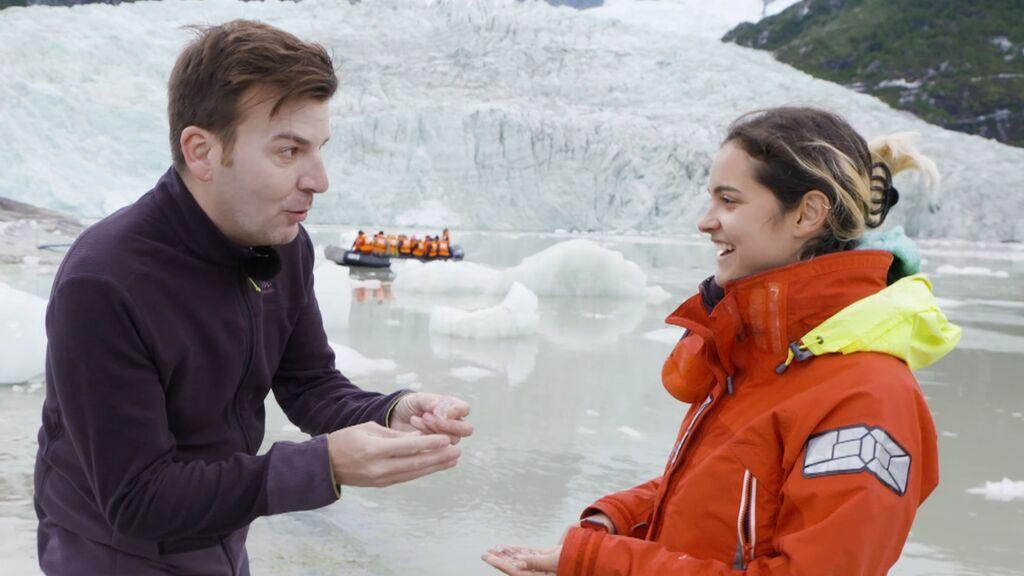 Probamos el agua más pura en el Glaciar Pía