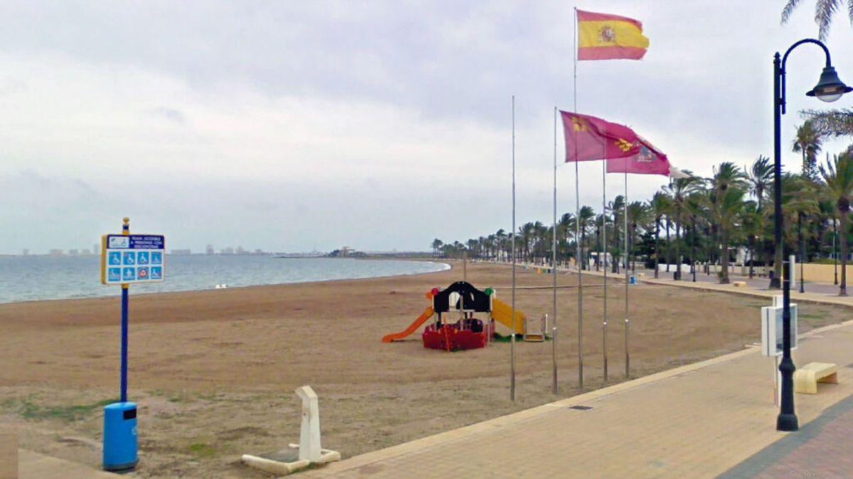 La bandera roja ondea en la playas de Cartagena y San Javier