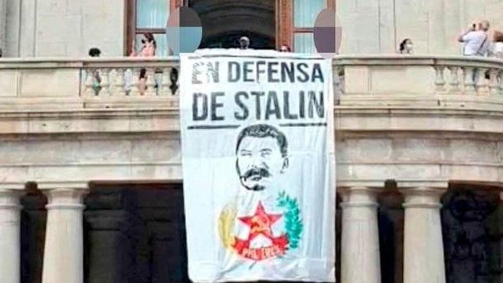 El PP pide investigar la pancarta de Stalin en el Ayuntamiento de Valencia