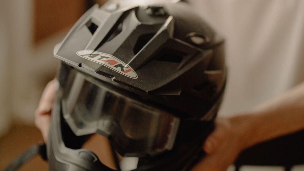 Cómo limpiar el interior de mi casco