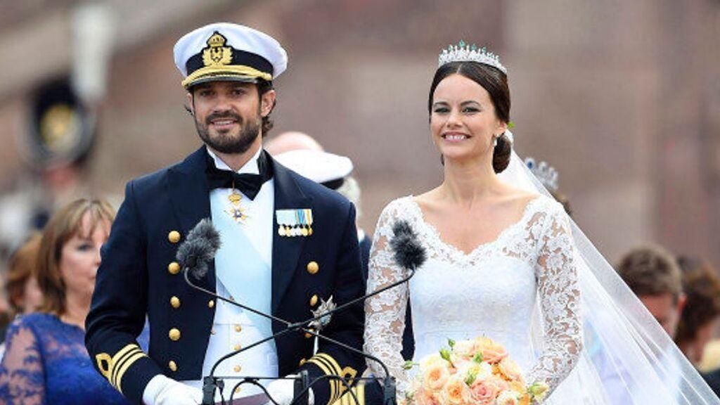Sofía eligió una tiara y un moño bajo.