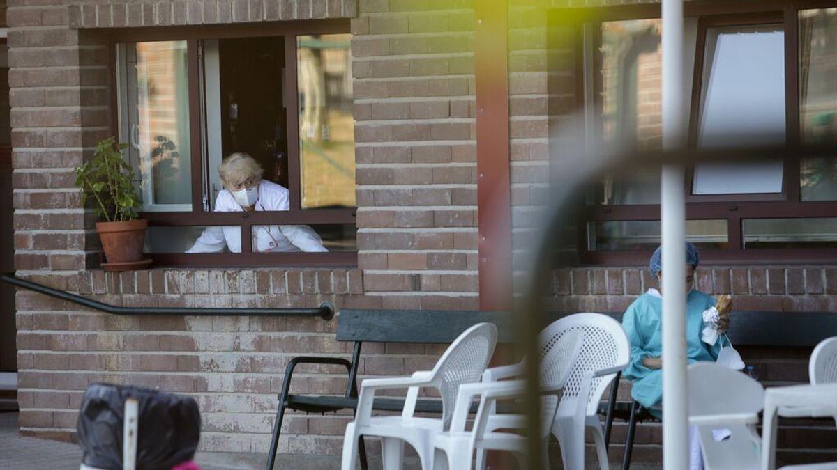 Sanidad pone en marcha estudios sobre la COVID-19 persistente y la inmunidad en residencias de mayores