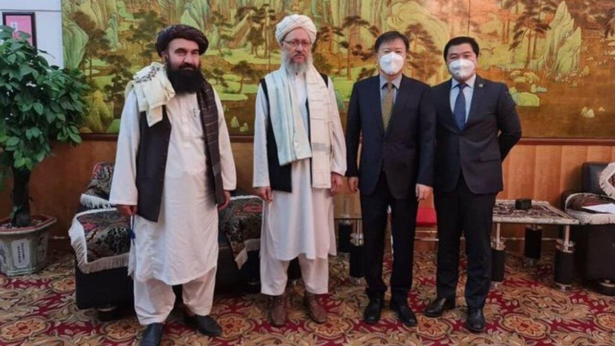 """Los talibán siguen su ronda de contactos internacionales y piden que no salgan del país los """"trabajadores cualificados"""""""