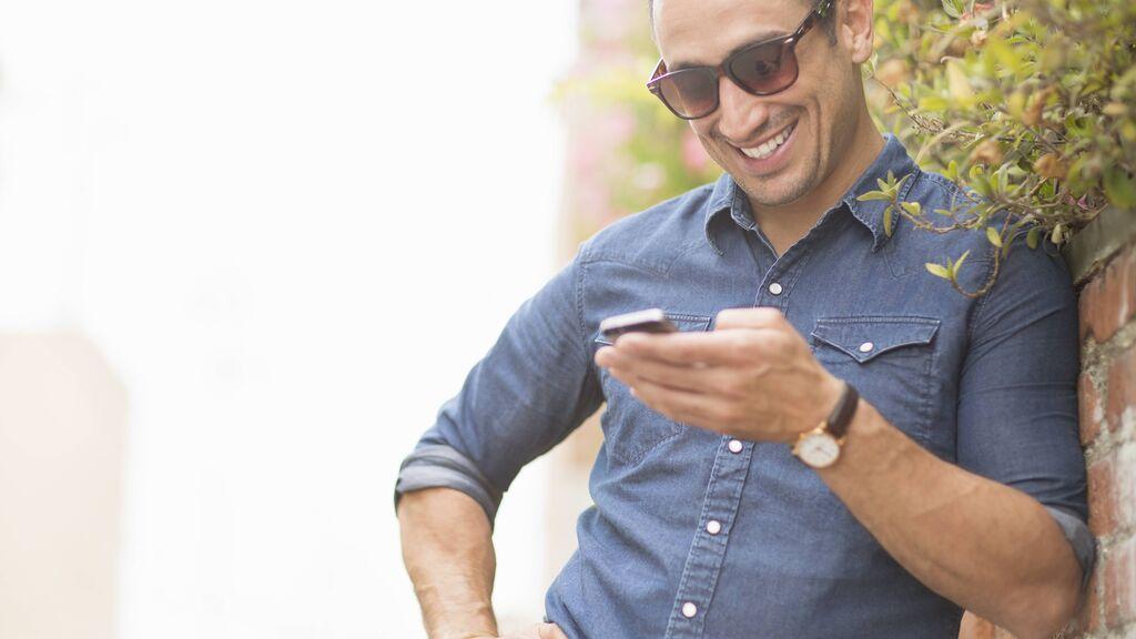 Ruta Cashless o dejar el efectivo en casa: cinco cosas que puedes hacer desde tu móvil en un click y que antes te llevaban un siglo