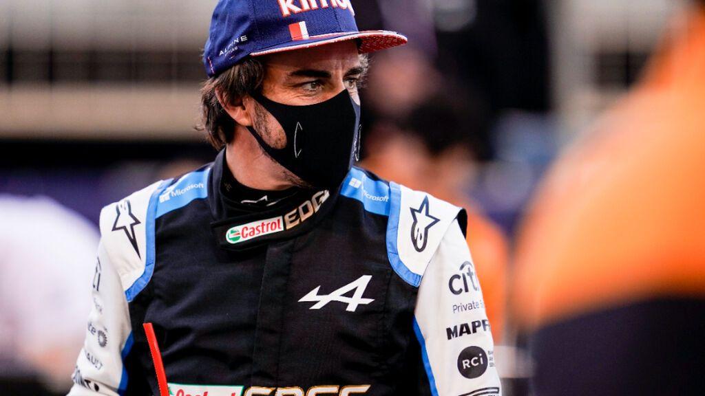 Fernando Alonso seguirá pilotando para Alpine en 2022