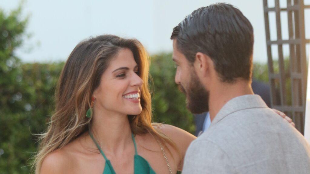 Maxi Iglesias y Stephanie Cayo