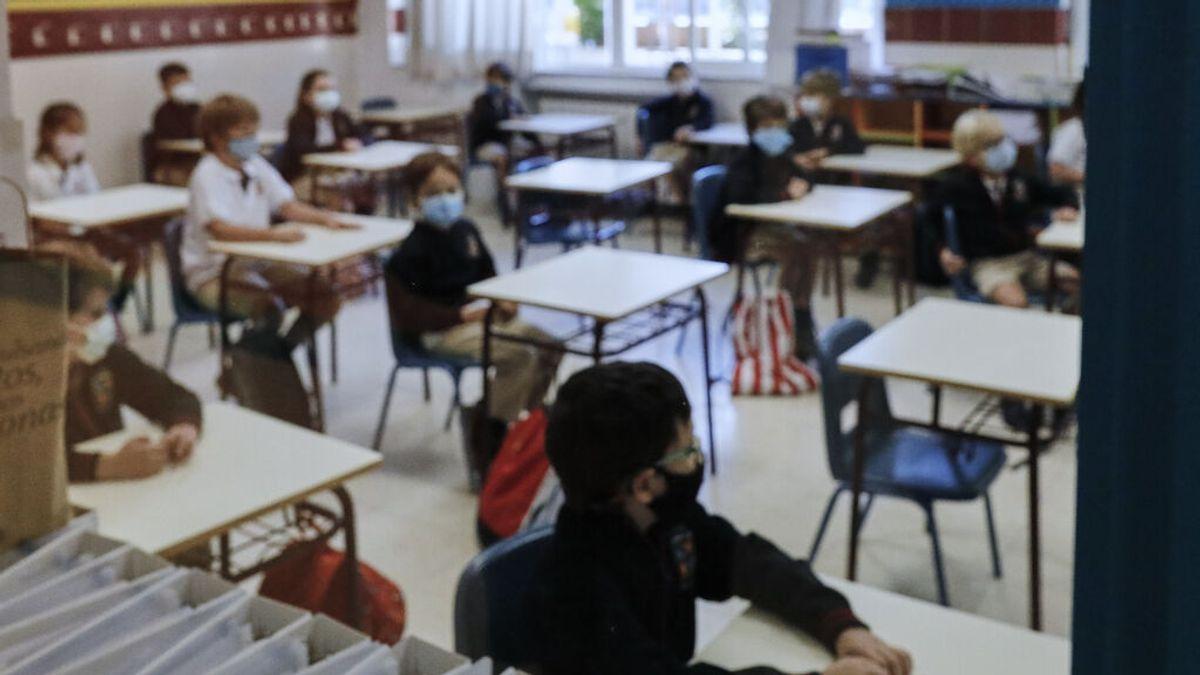 """Unanimidad de padres, profesores y sanitarios ante la vuelta al cole: """"Hay que bajar la ratio de alumnos"""""""