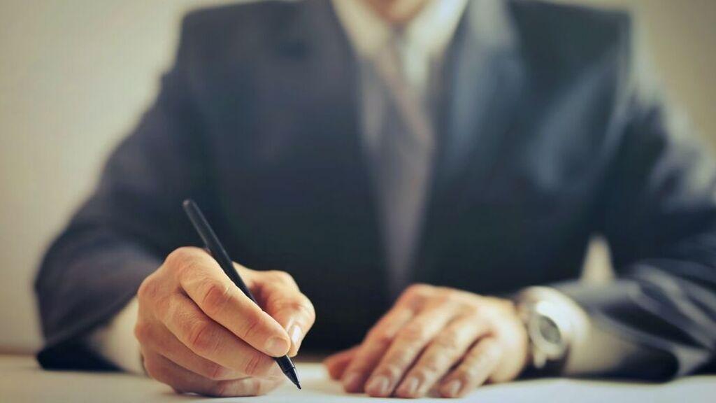 ¿Qué significa aceptar una herencia a beneficio de inventario y cómo se solicita?