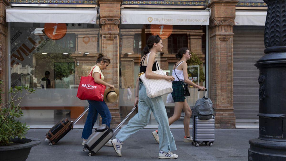 España mantiene los contagios de covid a la baja