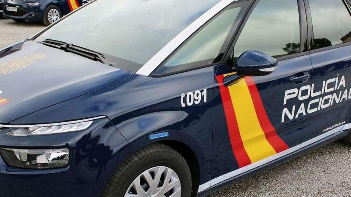 Detenidos por destrozar un coche de policía y agredir a los agentes en Castellón