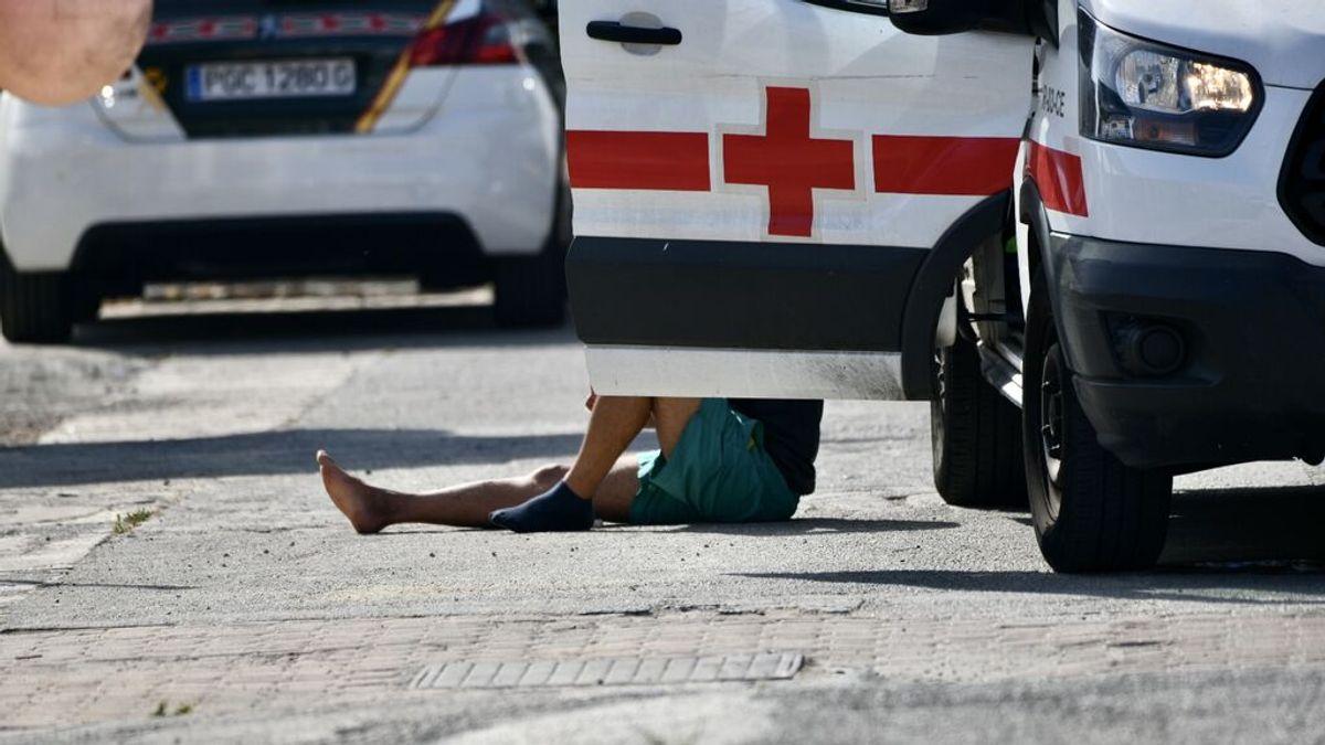 Dos jóvenes muertos y dos heridos al caerse un coche al mar en A Coruña