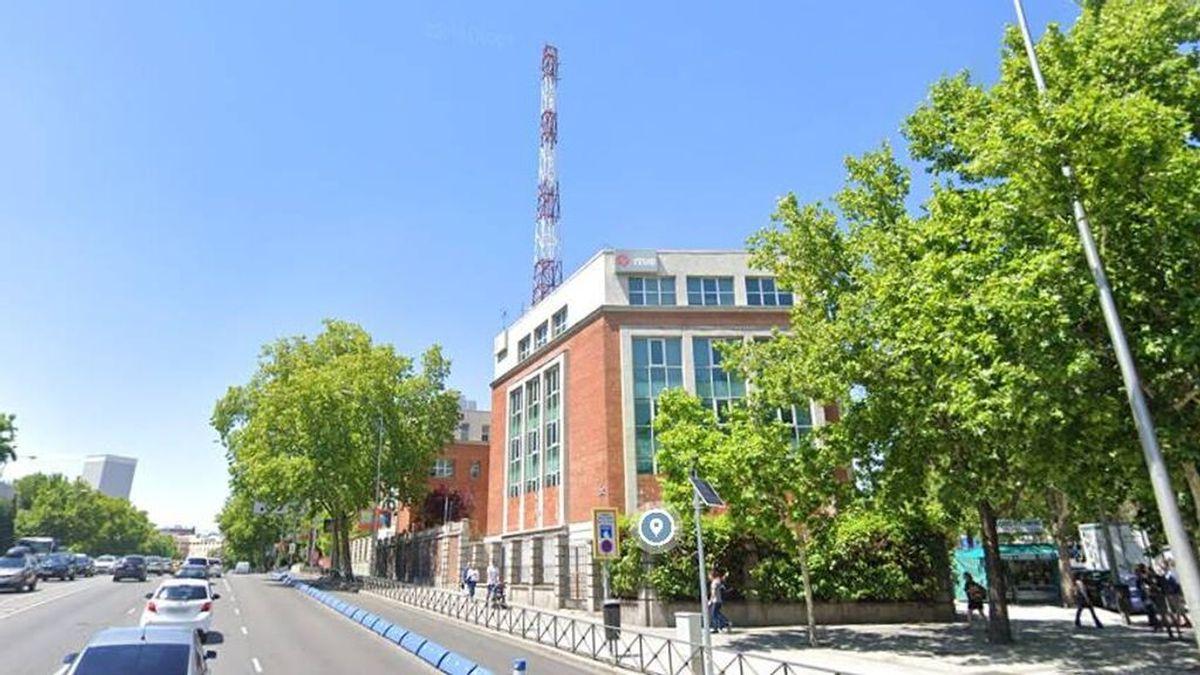 Hogar Social Madrid okupa la antigua sede del NO-DO en la capital
