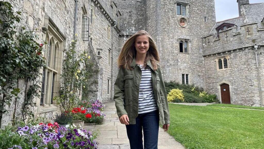 Leonor y las imágenes en su internado de Gales