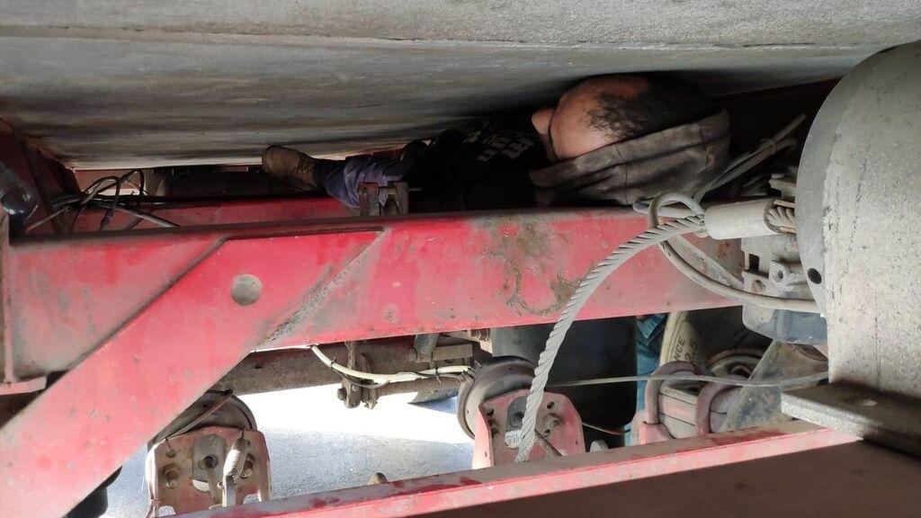Detenidos 12 inmigrantes tras viajar de polizones en un ferri de Melilla a Motril